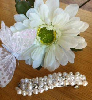 Freshwater Pearl & Crystal Hair Clip